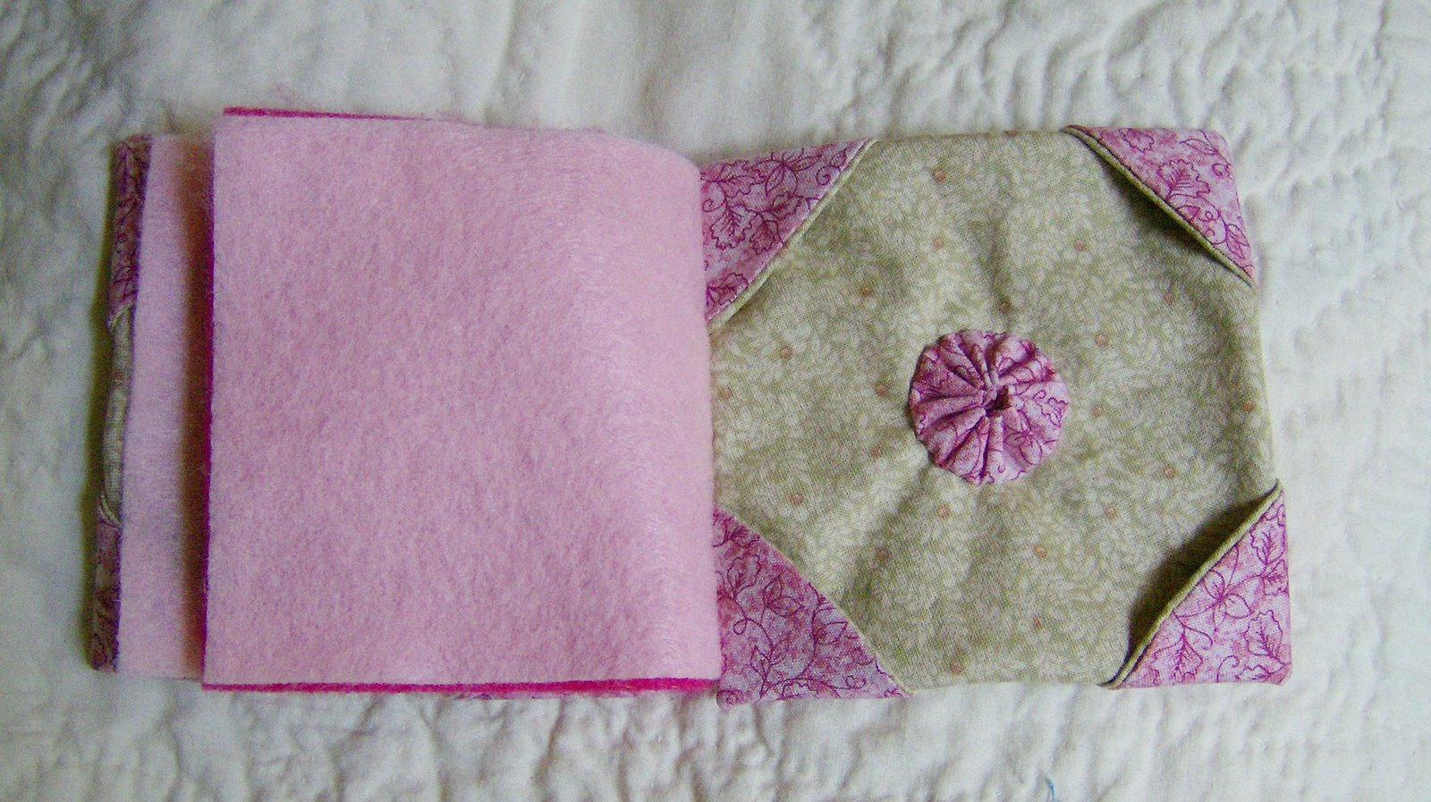 fabric origami and yoyo�s quilt obsession