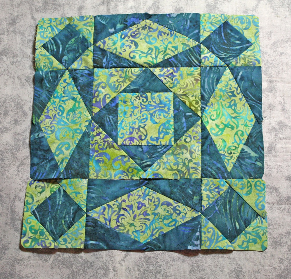 Stormy sea quilt obsession for Storm at sea quilt template